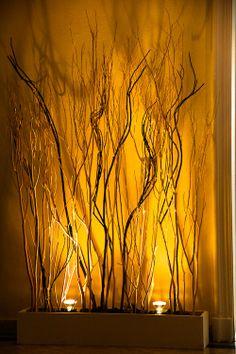 Chamizos iluminados... calidez total. www.fullbodas.com Abstract, Artwork, Christmas, Centerpieces, Stamps, Weddings, Summary, Xmas, Work Of Art