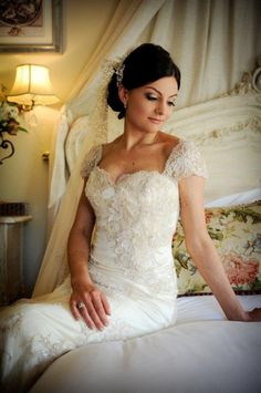 The Bride in Lace Wedding, Wedding Dresses, Ever After, Bride, Couples, Happy, Room, Fashion, The Vow