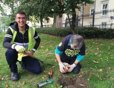 Green Gym has been having a positive impact on physical health & mental wellbeing for 20 years! Find your nearest tcv.org.uk/greengym/find-…