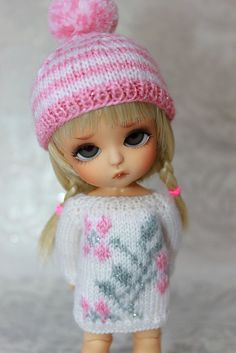 SALE Lati YellowPukifee FLOWERS are PINK Sweater by DoLLYSToRY
