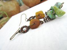 """""""Jardin Secret"""" : des boucles d'oreille réalisées avec des turquoises, rondelles de cuivre, galets de mer en verre de Russie : Boucles d'oreille par les-reves-de-minsy"""
