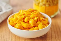 Powdered Cheddar Cheese Is Going to Change How You Make Mac and Cheese — Tips from The Kitchn Kraft Mac N Cheese, Cheesy Mac And Cheese, Making Mac And Cheese, Mac And Cheese Homemade, Cheesy Sauce, How To Make Cheese, Homemade Chips, Cheddar Cheese Powder, Cheddar Cheese Recipes