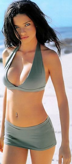 Adriana Lima sexy model. Sports Illustrated swimsuit calendars http://sexy-calendars.com/sports-illustrated-swimsuit-calendars.htm