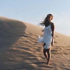 Resultado de imagen de sand dunes fashion photography