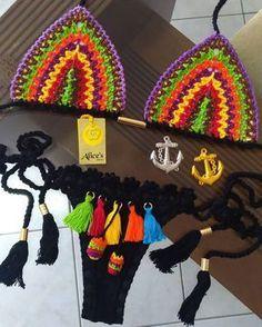269 Likes 6 Comment Bikinis Crochet, Crochet Bikini Top, Crochet Shorts, Crochet Clothes, Rainbow Crochet, Love Crochet, Knit Crochet, Bikini Babes, Crochet Bathing Suits