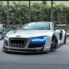 Audi 😈💥🤑 PINTEREST : @ phxxvxroo Super Sport Cars, Super Fast Cars, Luxury Sports Cars, Bmw Models, Audi R8 V10 Plus, Trust, Quote, Automobile, Google