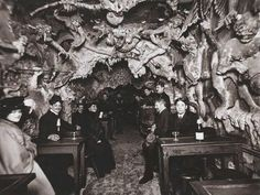 Le Cafe de 'Enfer was a hell themed hotel in the red light district (aka Pigallo, the neighborhood of Moulin Rouge) of Paris. Fb page Spooky Places