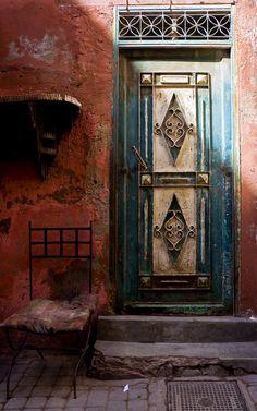 dentist04:   Old door by dj_pingu    Via Flickr: Flaking paintwork in the Marrakech souks.
