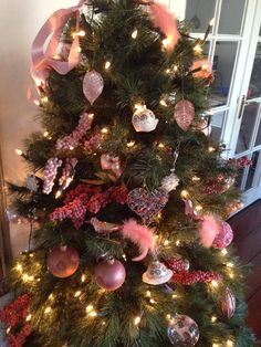Christmas #Pink tree Home Sweet Home