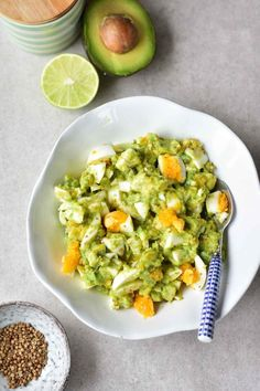 Avocado Egg Salad Recipe – light and refreshing. Simple and healthy egg salad with avocado. Seasoned with lime juice, ground coriander and garlic. Salad Recipes Healthy Vegetarian, Easy Egg Salad, Salad Recipes Healthy Lunch, Avocado Egg Salad, Chicken Salad Recipes, Healthy Salad Recipes, Salad Recipes For Parties, Salad Recipes For Dinner, Breakfast Recipes