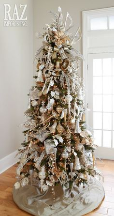 The Musical Christmas Tree via razimports.com   10 Creative Christmas Tree Themes To Get Inspired By
