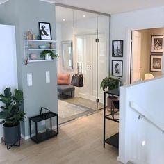 G o d k v e l d 💛 Nå skal det bli godt å legge seg på sofaen 💫💕 Ha en fin tirsdagskveld 😘 . Wish you all a good evening 💫💛 . Elegant Home Decor, Elegant Homes, Apartment Interior Design, Modern Interior Design, Budget Home Decorating, Home Improvement Loans, Online Home Decor Stores, Home Fashion, Luxury Homes