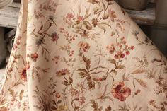 Botanical Antique French printed linen cotton fabric material 19th  wildflowers   www.textiletrunk.com
