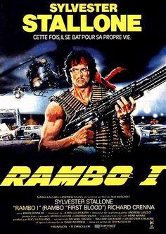 """""""Rambo I"""" Réalisateur : Ted Kotcheff / Date : 1982 / Support : film 35mm / Ce film est le premier volet d'une série de quatre centrés sur le personnage de John Rambo, interprété par Sylvester Stallone. John Rambo, ancien béret vert et héros de la Guerre du Viêt Nam, erre sans but de ville en ville depuis son retour aux États-Unis. Un film évoquant le malaise des vétérans du Viêt Nam."""