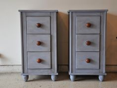 Fab Rehab Creations: From a Desk to Matching Nighstands in MMS Milk Paint Dried Lavender