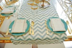 love this table setting...gold+turquoise