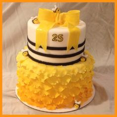 Bee and flower cake