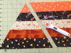 Candy Corn Table Topper Tutorial Sister Of The Divide: Candy Corn Table Topper . - Candy Corn Table Topper Tutorial Sister Of The Divide: Candy Corn Table Topper Tutorial … Thi - Table Runner And Placemats, Table Runner Pattern, Quilted Table Runners, Table Topper Patterns, Fall Table Runner, Fall Placemats, Jellyroll Quilts, Patchwork Quilting, Mini Quilts