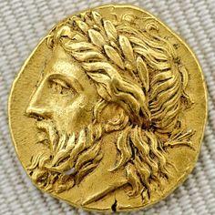 Gold Ancient Greek coin depicting Zeus wearing a laurel wreath, 360 BC