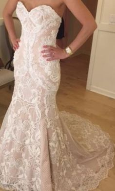 Watters 7041B 2: buy this dress for a fraction of the salon price on PreOwnedWeddingDresses.com