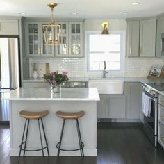 Details about NEW Authentic Visual Comfort Darlana Chandelier Mini Pendant 2175 Open Cage - White Kitchen - Kitchen Visual Comfort, Beautiful Kitchens, Cool Kitchens, Small Kitchens, Kitchen Small, Dream Kitchens, Kitchen White, 10x10 Kitchen, Narrow Kitchen