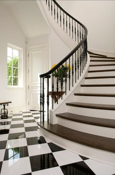 95 Ingenious Stairway Design Ideas for Your Staircase Remodel Black And White Stairs, Black Railing, White Staircase, Iron Staircase, Wrought Iron Stairs, Staircase Railings, Black And White Tiles, Curved Staircase, Staircase Design