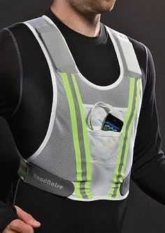The perfect gift for the runner on your life, the RoadNoise Running Vest with Speakers keeps runners safe while effortlessly holding their essentials for a hands-free running experience.