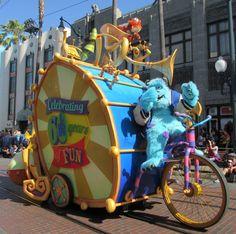Pixar Play Parade at Disney California Adventure helps celebrate the 60th Anniversary of Disneyland.   #Disneyland60