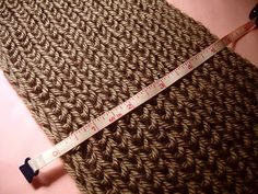 Infinity Scarf with Knitting Loom (basics) video tutorial @Carrie Mcknelly Mcknelly Mcknelly Roush