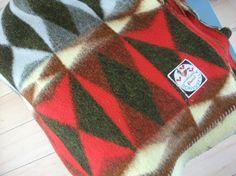 Vintage blanket retro blanket woolen blanket.