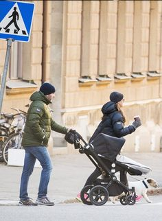 Reines & Princesses - This morning, Madeleine, Chris and Leonore were seen while they were walking on the island of Djurgarden in Stockholm.