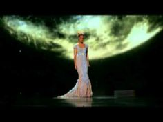 Music video by Céline Dion performing My Heart Will Go On. (C) 2007 Sony Music Entertainment Canada Inc.
