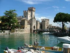 Sirmione, Lake Garda, Italy So beautiful Happy memories with the girls