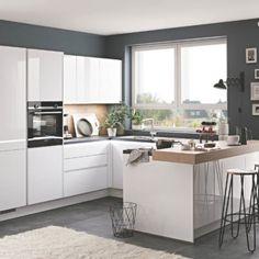Alpine white Nobilia U kitchen Kitchen Cabinets Models, Kitchen Doors, Küchen In U Form, Kitchen Ornaments, Scandinavian Kitchen, Home Decor Bedroom, Storage Spaces, Modern Design, Sweet Home