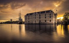 Download wallpapers Museum of Shipping, Asmsterdam, sunset, travel, Netherlands, coast