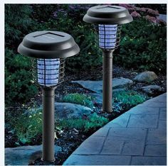 Decorative and efficient garden bug zappers from bugzapperworld.com #bugzapper #mosquito