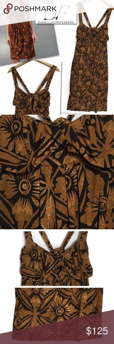"""DIANE VON FURSTENBERG DVF SILK TIED PLEATED DRESS DIANE VON FURSTENBERG  DVF SILK TIED PLEATED DRESS  SZ 4  34"""" BUST 40"""" LENGTH 70% SILK 30% NYLON RETAILS $325 GREAT CONDITION Diane von Furstenberg Dresses"""