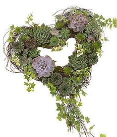 Based heart with succulents