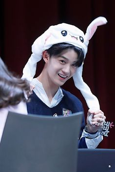 Wanna-One - Bae Jinyoung Jinyoung, Bae, Miss U So Much, Cho Chang, Lai Guanlin, Lee Daehwi, Ong Seongwoo, First Love, My Love