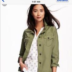 army green jacket Old Navy army green jacket. worn a couple times. great condition!  ❌NO TRADES❌.  Pic 1 & 5 is not exact jacket but examples of the look.  Pic 2,3 and 4 is the jacket. Old Navy Jackets & Coats Utility Jackets