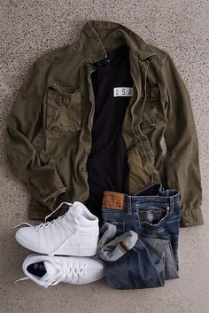 Really great mens outfits Winter Outfits Men, Fall Fashion Outfits, Cool Outfits, Winter Fashion, Casual Outfits, Mens Fashion, Moda Casual, Outfit Grid, Mode Style