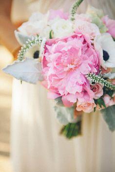 bouquet mariée couleur bonbon pastel