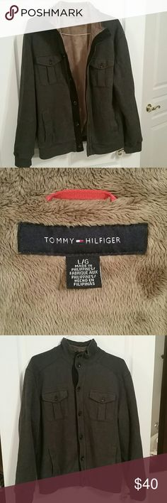 Mens Tommy Hilfiger Button up sweater size large Gray Tommy Hilfiger Button up sweater with 2 hand pockets and 2 chest pockets. Comfortable and warm. 7 buttoned center close sweater. Good condition Tommy Hilfiger Sweaters
