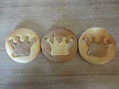 「王冠 型抜き」の画像検索結果