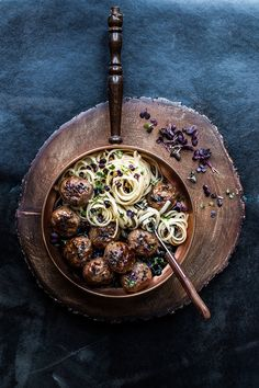 Asian style meatballs with soba noodles | Laura Domingo