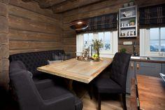 Innflyttingsklar HYTTEDRØM på utsiktstomt - Norefjell   FINN.no Winter Cabin, Dining Bench, Real Estate, Cottage, Rustic, Interior, Furniture, Home Decor, Houses
