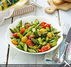 Spargelsalat mit Kirschtomaten (Rezept mit Bild) von Mazzetti | Chefkoch.de