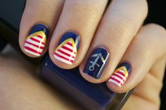 Today's Daily Nail Art is this nautical sailor design by blognailedit. Lets go for a boat ride shall we?