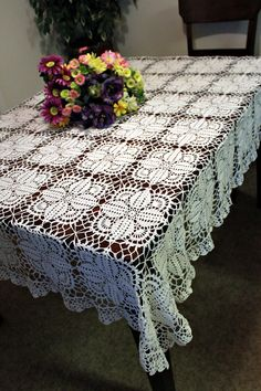 Today's Etsy crochet selection is a beautiful thread crochet tablecloth. It's by DoilyMania where you can also find lots of other great detailed thread crochet. Crochet Tablecloth Pattern, Crochet Bedspread, Baby Afghan Crochet, Filet Crochet, Crochet Motif, Crochet Doilies, Crochet Home, Love Crochet, Beautiful Crochet