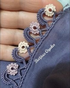 Crochet Edging Patterns, Baby Knitting Patterns, Crochet Stitches, Crochet Pants, Knit Crochet, Embroidery On Clothes, Hand Embroidery, Needle Lace, Lace Design